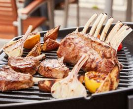 Weber Holzkohlegrill Anzünden : Einen grill mit einem anzündkamin sicher anzünden highfoodality