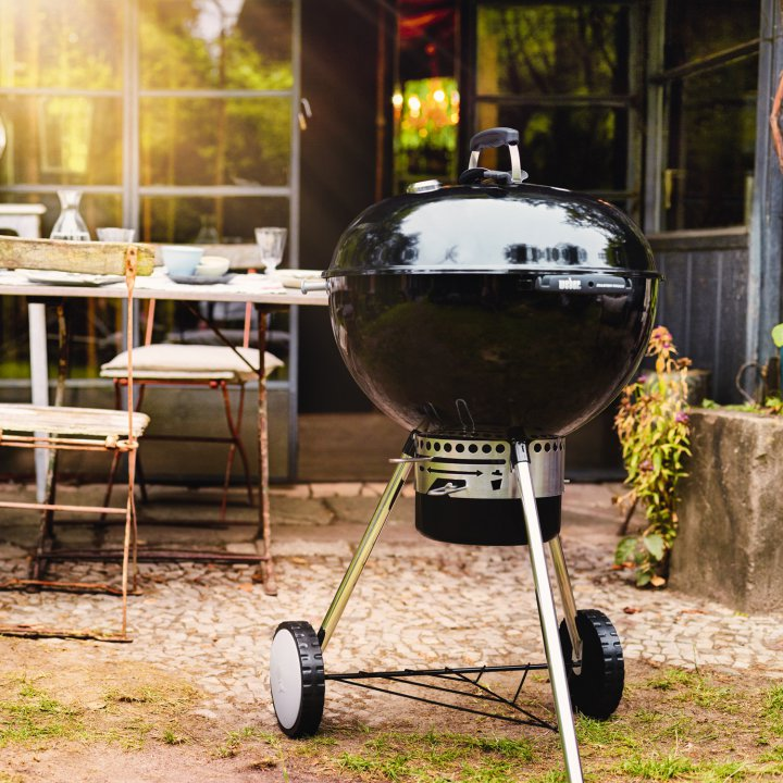 Weber Master-Touch GBS, 57 cm, Ivory 4